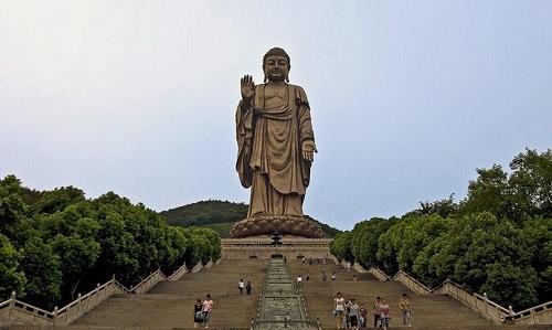Grand Bronze Buddha
