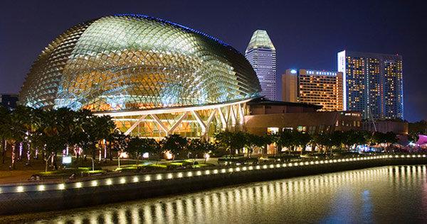 Esplanade-Theatres-On-The-Bay-singapore (FILEminimizer)